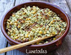 Riz épicé aux pois chiches Bonjour tout le monde,  Voila un delicieux plat de riz épicé aux poi...