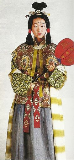 """Scan N1: Court lady of the Nara Period (710-784) , Japan. Textiles during this period of Japan were often brocade ones heavily influenced by China (and in some cases the cloth itself was directly imported from that country) . Scan from book """"The History of Women's Costume in Japan."""" Scanned by Lumikettu of Flickr. Japanese costume many centuries ago…recreation accomplished in Kyoto during the 1930's"""