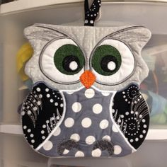Owl Potholder. Design by Inspiration mutz