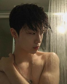 Discover recipes, home ideas, style inspiration and other ideas to try. Cute Asian Guys, Asian Boys, Asian Men, Cute Guys, Korean Boys Hot, Korean Boys Ulzzang, Korean Men, Ullzang Boys, Hot Boys