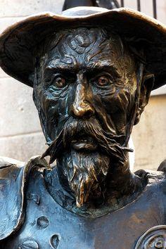 Estatua de Don Quijote en España.