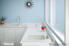 A series of regionally inspired kitchen and bath ideas pairing Benjamin Moore paint colors and innovative Kohler fixtures. Benjamin Moore Paint, Benjamin Moore Colors, Kitchen Paint Colors, Paint Colors For Home, Trending Paint Colors, Bar Sink, Beautiful Kitchens, Kitchen And Bath, House Painting