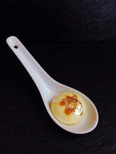 Crème Brulee sferificata alla Vaniglia e Salvia Ananas