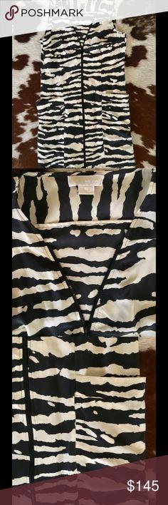 Michael Kors Zip Front Dress Zebra print, full front zip into v-neckline. 2 large cargo pockets at hip. Shift style. Perfect condition. 100% Silk Michael Kors Dresses Mini