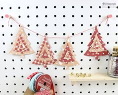 As you add a magical touch to your home this holiday, why not check out day 10 of our advent calendar to inspire your decorating?   There is a free template up for grabs too (how we spoil you!)…