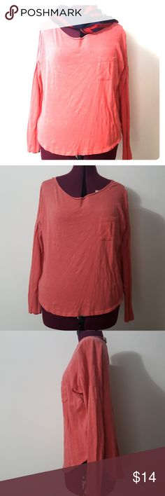 Ann Taylor Loft size L Coral top Ann Taylor Loft size L Coral top. Made of 100% cotton. Soft and cozy top, perfect slouchy sweater. Great for single piece or wear with an undershirt. 😍 Ann Taylor Tops