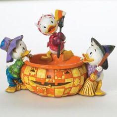 Disney Traditions by Jim Shore Halloween Huey Dewey Louie Pumpkin Disney Home, Disney Dream, Disney Fun, Disney Movies, Disney Pixar, Walt Disney, Disney Stuff, Disney Characters, Disney Halloween