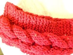 Banda de cadenas tejida dos agujas para la cabeza ❥Teresa Restegui http://www.pinterest.com/teretegui/❥