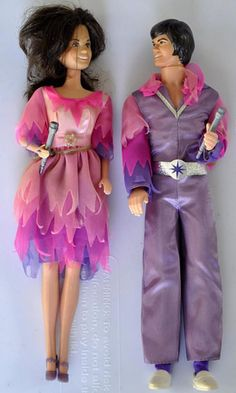 Donny and Marie Osmond dolls! I never had Donny, but I loved my Marie doll and her big, toothy grin! Childhood Toys, Childhood Memories, Barbie Styling Head, Purple Socks, Vintage Toys, Vintage Stuff, Marie Osmond, Old School, School Stuff