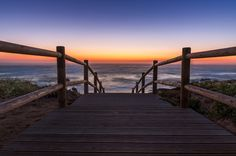 """brongaeh posted a photo:  Camera: Sony SLT-A33, F/8, 20 s, ISO-100  Location: Praia do Malhão (Portugal)  Description:  Praia do Malhão ist ein von einer Sanddüne umgebener Strand an der Atlantikküste im Südwesten Portugals. Er gehört zum ca. 75.000 ha großen Naturpark """"Parque Natural do Sudoeste Alentejano e Costa Vicentina"""", welcher sich über eine Länge von ca. 80 km zwischen Porto Covo im Alentejo Litoral und Burgau, westlich von Lagos an der Algarve, erstreckt.  Wer dem Trubel und den…"""