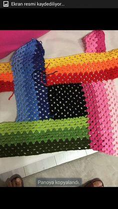 Beach Hut Blanket Crochet pattern by Rachele Carmona Boho Crochet, Crochet Quilt, Manta Crochet, Crochet Squares, Crochet Granny, Knit Crochet, Vintage Crochet, Crochet Baby, Crotchet Patterns