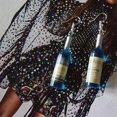 Oorbellen wijnfles. Leuk voor de Foute Party. Ook leuk voor 11-11 en voor Carnaval in o.a. Oeteldonk. #debuufkes