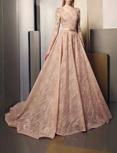 Elegance And Brilliance Through New Ziad Nakad Summer 2016 Dress Collection Vestidos Fashion, Fashion Dresses, Woman Dresses, Couture Collection, Dress Collection, Elegant Dresses, Pretty Dresses, Beautiful Gowns, Beautiful Outfits