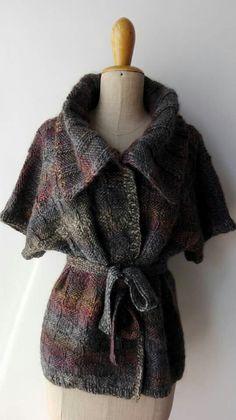 Blusa in tweed sfumato chiuso con cintura abbinata