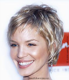 Beautiful Hairstyles - Pictures of Celebrity Hairstyles for Women - 2001-2012