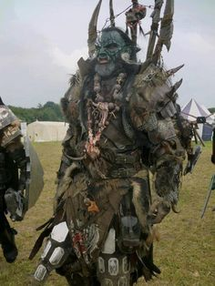 Utterly epic look Movie Costumes, Cool Costumes, Larp, Barbarian Costume, Cosplay Characters, Special Effects Makeup, Fantasy Costumes, Fantasy Armor, First Humans