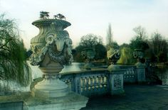 Hyde Park, London, England... what a lovely place!