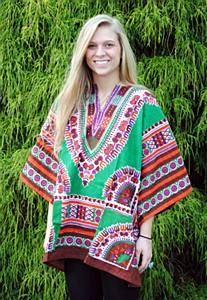 Dashiki Unisex Top: We have finally added the classic Dashiki to our clothing selection. Hippie Style, Bohemian Style, My Style, Trippy Shirts, Estilo Hippie, Bohemian Girls, Hippie Fashion, Dashiki, Boho Baby