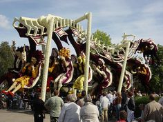 Bloemencorso - Zundert - Holland - Rollercoaster by Leo Roubos