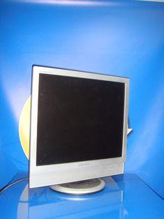 Monitor de Pc buen estado SAMSUNG 19 pulgadas modelo 941MP