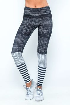 Sure to be one of your favorites, our Onzie graphic pants are a year-round stunner. Blending art and fashion, the unique placement-printing process for our Graphic Legging is one of kind! As one of ou