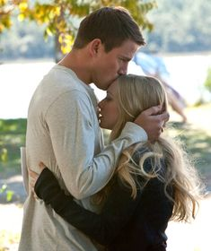 "So I guess I watch a lot of romance movies. Anyway- Channing Tatum and Amanda Seyfried - ""Dear John"" Movie Couples, Cute Couples, Romantic Couples, Cher John, Fotos Strand, Querido John, Chaning Tatum, Wedding Couple Pictures, Forehead Kisses"