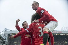 Manchester United 4-2 Manchester City: Ashley Young, Marouane Fellaini #dailymail