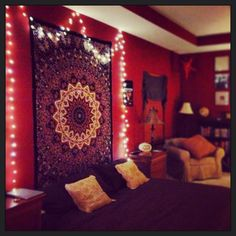 Boho room decor diy apartment therapy decorating ideas apartments gypsy home bohemian hippie bedroom style studio Hippie Bedroom Decor, Hippy Bedroom, Bohemian Room Decor, Hippie Bedding, Bedroom Red, Trendy Bedroom, Room Decor Bedroom, Bedroom Ideas, Bohemian Bedrooms