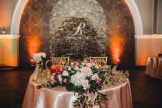 Sweet heart tables are so romantic. In our Orangery space, the fountain is the perfect backdrop for your sweetheart or bridal party table.  McIntee Photography
