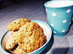 Λαχταριστά μπισκότα βρώμης μιας μέρας!!! Sweet Recipes, Cookies, Desserts, Food, Crack Crackers, Tailgate Desserts, Biscuits, Dessert, Cookie Recipes