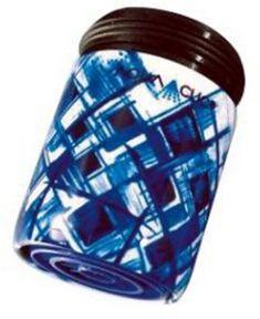Grafisches Muster in blau: Durchflussbegrenzer mit Konstanthaltung (5 Liter pro Minute) spart bis zu 50% Wasser und Energie.