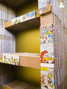 ANIMETA, libreria per fumetti in cartone riciclato