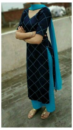 Salwar Neck Designs, Churidar Designs, Kurta Neck Design, Neck Designs For Suits, Kurta Designs Women, Dress Neck Designs, Blouse Designs, Anarkali, Salwar Dress