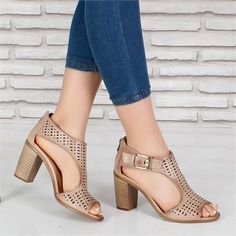 Zapatos Pretty Shoes, Beautiful Shoes, Cute Shoes, Me Too Shoes, Sock Shoes, Shoe Boots, Shoes Sandals, Dress Shoes, Shoes Sneakers