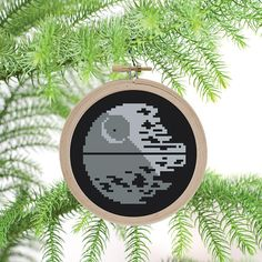Death Star Ornament  PDF Cross Stitch Pattern - cute, simple, easy, great for beginners, star wars pattern - retro star wars - jedi, darth vader, skywalker, space, christmas tree ornament, gift idea, geeky gift, home decor