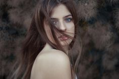 https://flic.kr/p/WURJCt | Simona | Natural light only  Visit me on: Facebook Leonid Litvac Photography Instagram