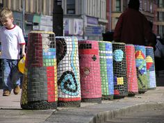 Bollard Mosaics – Glasgow | Mosaic Art Source