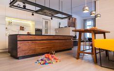 Wohnung D.   Mayr & Glatzl Innenarchitektur GmbH #innenarchitektur #küche #design #details Table, Furniture, Design, Home Decor, Interior Design Kitchen, Floor Layout, Interior Design, Design Comics, Home Interior Design
