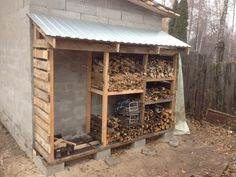 I like the divided spaces - All For Garden Outdoor Firewood Rack, Firewood Shed, Firewood Storage, Outdoor Storage, Backyard Projects, Outdoor Projects, Wood Storage Sheds, Wood Store, Backyard Landscaping