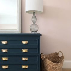 I can't get enough of the blue, pink and brass combo… Farrow and Ball Hague Blue on our chest and Pink Ground on the walls – rugcut Blue And Pink Bedroom, Light Pink Bedrooms, Pink Bedroom Walls, Blue Bedroom Decor, Pink Room, Pink Walls, Bedroom Colors, Pink Master Bedroom, Blush Walls