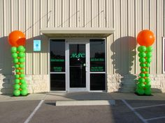 Cedar Park, Balloon Columns, Henna Artist, Balloon Decorations, Balloons, Entertaining, Elegant, Gallery, Fun
