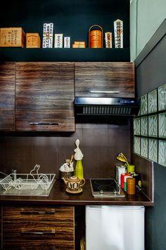 Parisian Apartment Of Japanese Designer Shinsuke Kawahara.
