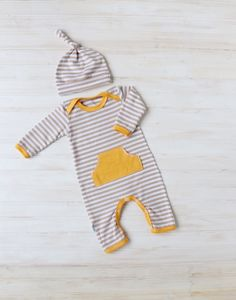 Baby Romper - Baby Going Home Outfit - Pocket Romper - Newborn Romper - Layette - Newborn - 0-3 months - 3-6 months - READY TO SHIP by ZaaBerry on Etsy https://www.etsy.com/listing/250437562/baby-romper-baby-going-home-outfit