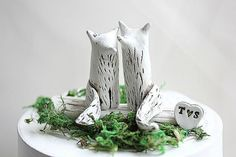 Beautiful Rustic Foxes for on top of your Wedding Cake handmade by me. Great gift for a special person in your life or Anniversary,