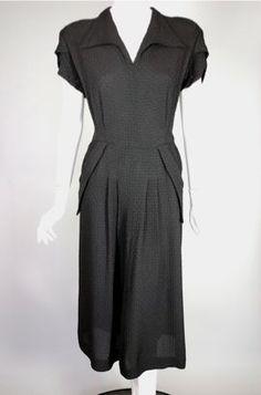 "Black pucker textured rayon late 1940s dress size L (40-42"" bust/34-35"" waist)"