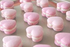 Image via We Heart It https://weheartit.com/entry/166084005/via/9166750 #delicious #food #hearts #macarons