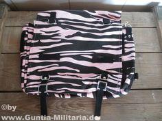BW Kampftasche groß, Zebra, schwarz-pink