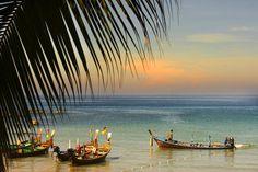 barcos en la playa de Krabi