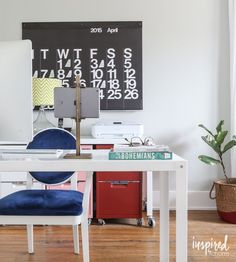 Ideas For Decorating Your Walls Inspiredbycharm Office Es Work