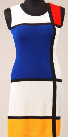 White sleeveless MONDRIANI dress, color block dress, handmade by knitting machine